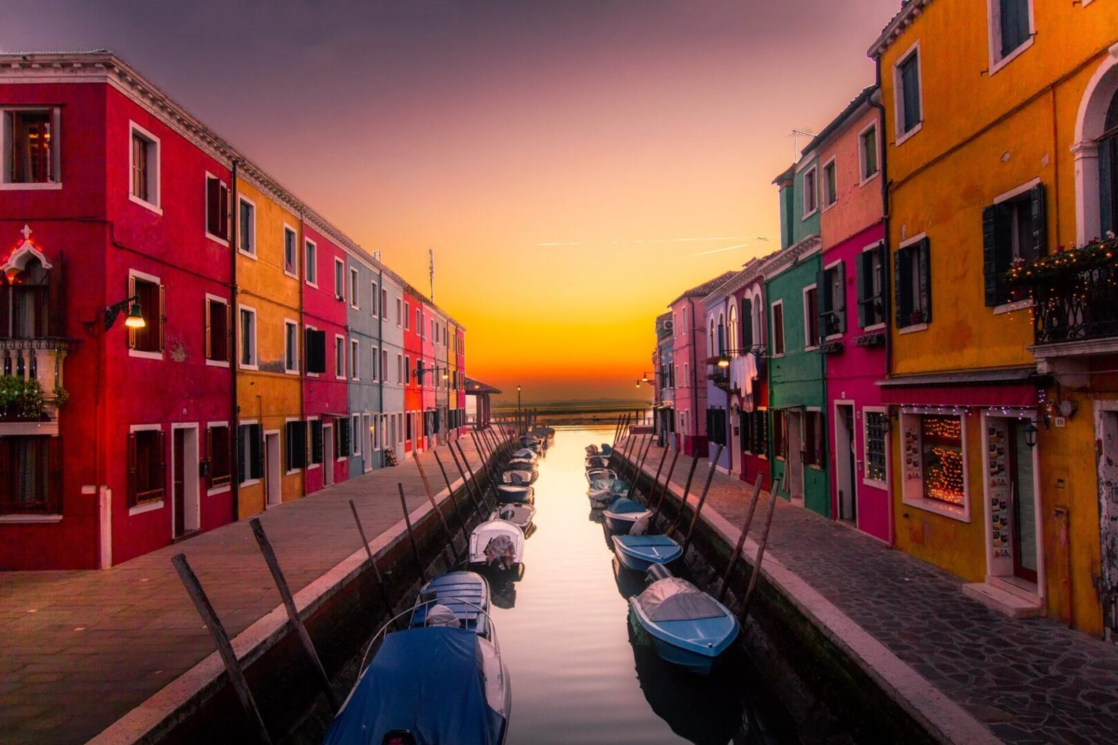 architecture-boats-buildings-canal-417344